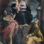 Quarto altare a destra, C. Ridolfi, Madonna col Bambino e i Santi Giovanni Battista ed Evangelista, sec. XVII