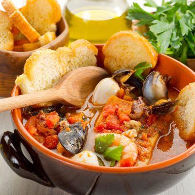 Piatto tradizionale di pesce dell'Adriatico