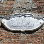 Lapide Palazzo Gallucci